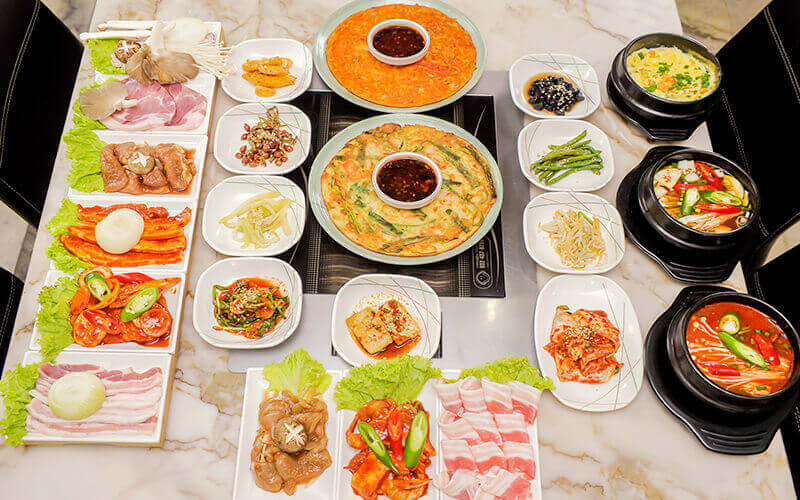 Korean BBQ Pork Platter with Refillable Side Dishes for 3 People