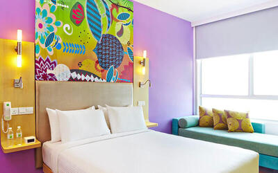 Kuala Lumpur: 2D1N Stay in Standard Queen / Twin Room + RM100 F&B Voucher Credit for 2 People