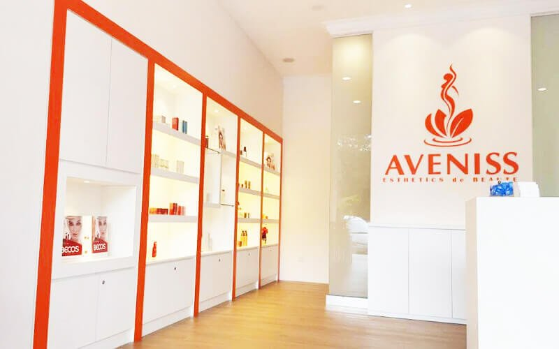 2.5-Hour Aveniss Specialised Revitalising Facial + Eye Treatment for 1 Person