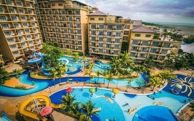 Birthday Package: 2D1N Stay in Studio Suite with Admission to Water Theme Park for 2 People