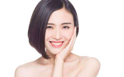 Body Snow / Basic Facial / Brightening Laser Facial / Lip Laser Treatment for 1 Person