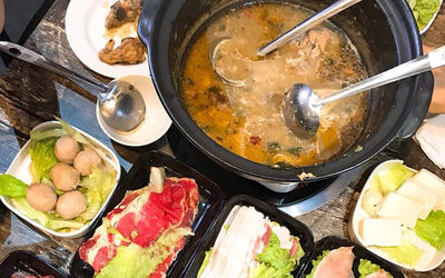 Signature Big Chicken Hot Pot with Free Soup