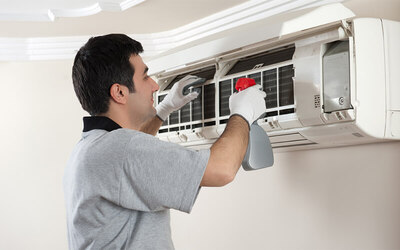 Full Chemical Air Conditioner Service with Gas Refill for One (1) Unit