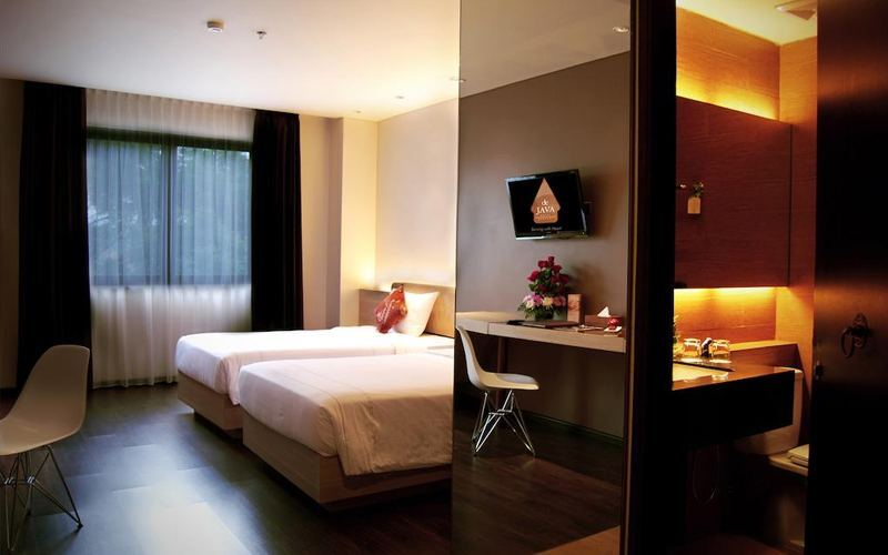 Bandung: 2D1N at Superior Room + Breakfast (Weekend)