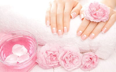 Gel Manicure + Foot Mask for 1 Person