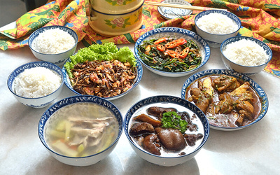 5-Course Authentic Nyonya Meal for 4 People