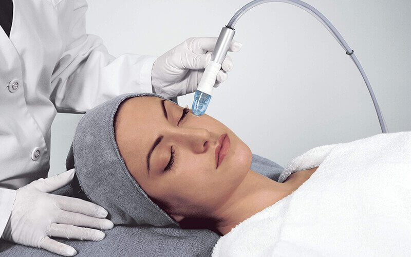 2-Hour Micro-Peeling Anti-Pigmentation and Skin Toning Facial for 1 Person