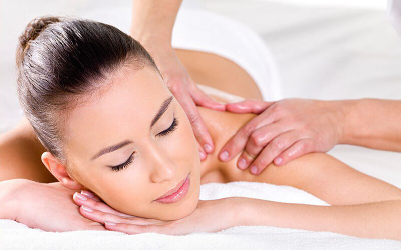 80-Minute Traditional Full Body Massage for 1 Person