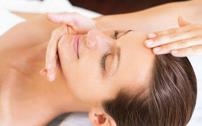 1.5-Hour Hydrating Facial + Ear Candling For 1 Person