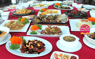 [#FaveCNY] Set Menu Chinese New Year Eve Dinner Celebration for 10 Persons - Voucher Berlaku Tanggal 4 Februari 2019