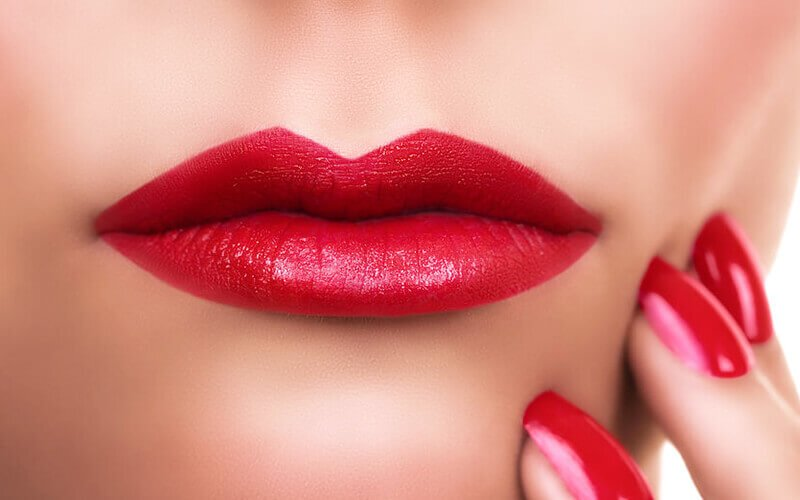 1x Lips Embroidery + 1x Retouch
