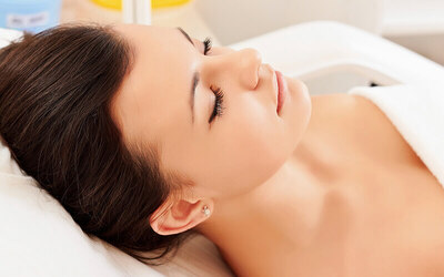 2-Hour Brightening Facial for 1 Person