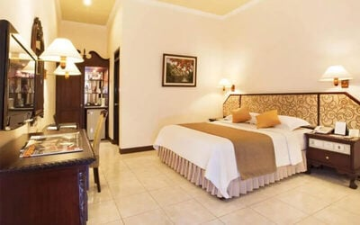 Magelang: 2D1N in Executive Room (Room Only)