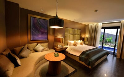 Nusa Dua: Stay 2D1N  in Private Pool Suite Room