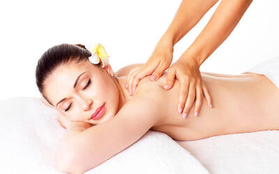 60-Mins Hand and Shoulder Massage + Foot Massage For 2 Person