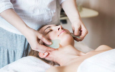 80-Minute Signature Face Gua Sha + Shoulder Massage for 1 Person