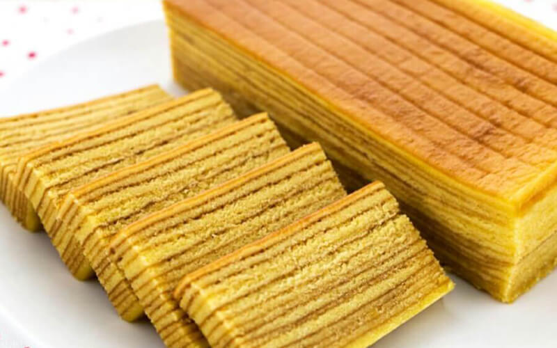 Pre-Sale: One (1) 500g Traditional Original Kuih Lapis