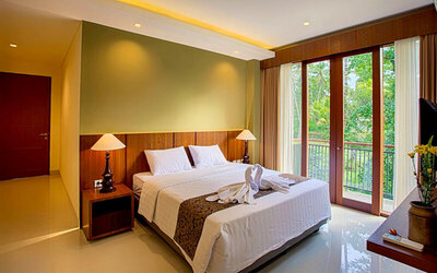 Bali: 3D2N in Suite Room + Breakfast (for 2 persons)