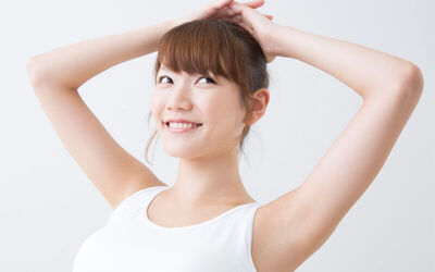 Underarm Waxing and Brightening Session for 1 Person
