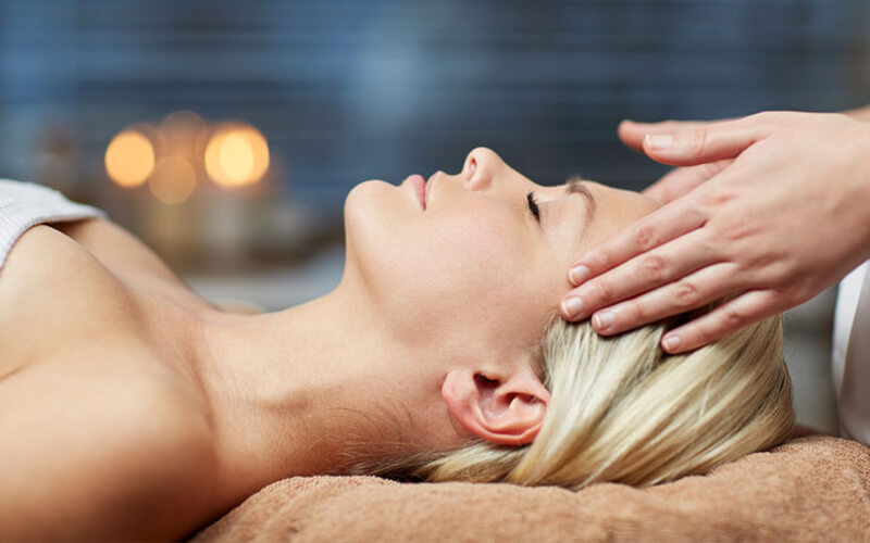 1-Hour Hydrating Facial for 1 Person