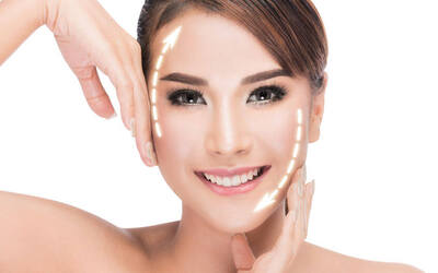 [Flash Deal] (Sat - Sun) 75-Min Vitamin C and Diamond Brightening Facial for 1 Person
