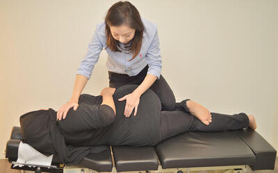 1-Hour Full Body Consultation + Chiropractic Adjustment for 1 Person (3 Sessions)
