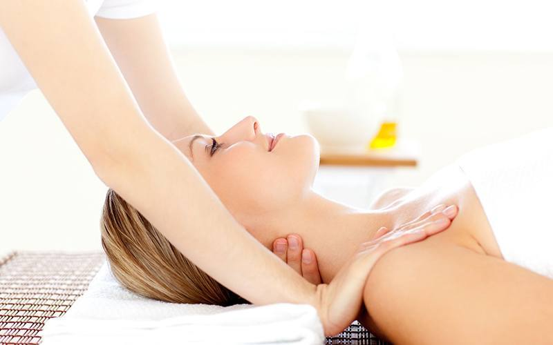 1-Hour Tui Na, Deep Tissue, or Detoxifying Full Body Massage for 1 Person (2 Sessions)