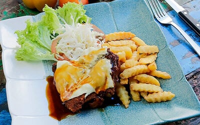 Chicken Chop with Lime Juice and Dessert for 1 Person