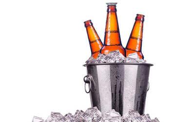 One (1) 5-Bottle Bucket of Beers