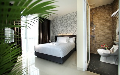 2D1N Stay in Superior Room with Breakfast for 2 People