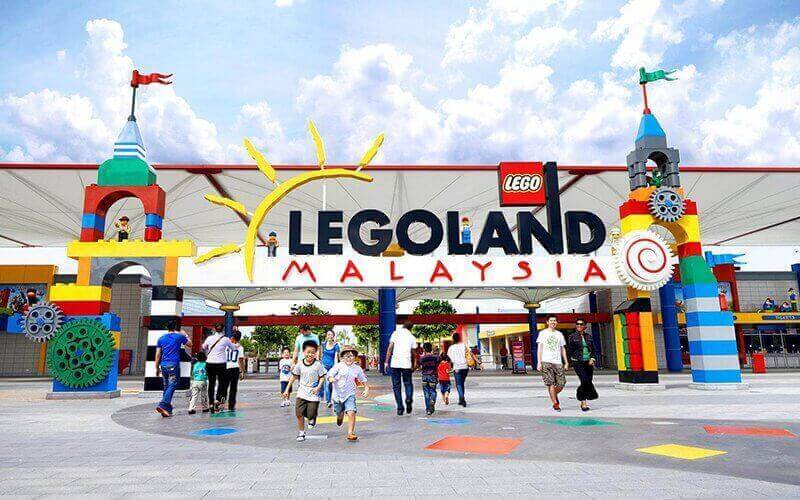 1-Day Admission to Legoland Theme Park + Sea Life Combo for 1 Adult