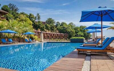 Batam: (Fri - Sat) 2D1N Stay in Deluxe Cottage Room + Return Ferry for 1 Person