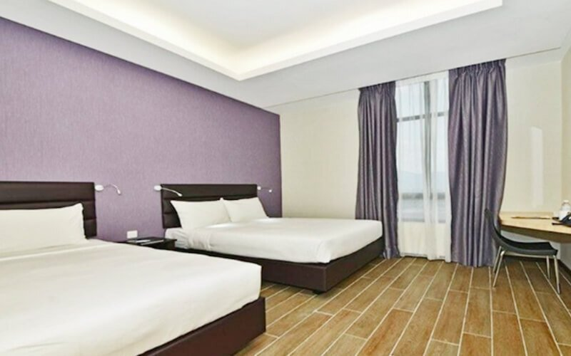 Ipoh: 2D1N Stay in Superior Twin Room with Breakfast and Tickets to Sunway Lost World Hot Springs Night Park for 2 People