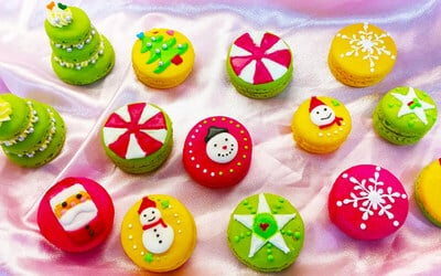 2.5-Hour Christmas Macarons Baking Workshop for 1 Person
