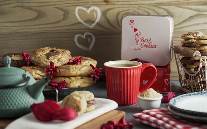[VDAY] Two (2) Square Hearts Tin of Assorted Mini Cookies