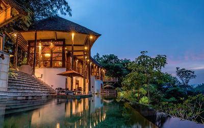 Pahang: 2D1N Stay in Villa Amertani Heliconia + Breakfast and Dinner for for 2 People