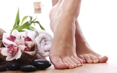 Refleksi Foot Massage  Body Massage  Hot Pack  Hot Shoes 120 menit