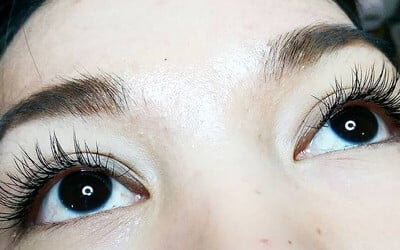 Natural Eyelash Extension + Serum Mascara + 1x Retouch