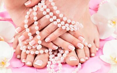 Gel Manicure with Two (2) Nail Art for 1 Person