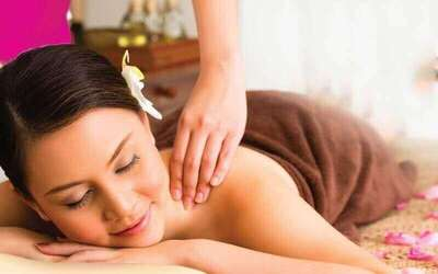 2-Hour Full Body Thai Traditional Massage with Foot Massage for 2 People