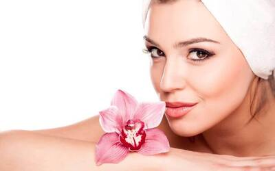 1.5-Hour Floral Essence Facial with Complimentary Eyebrow Shaping for 1 Person
