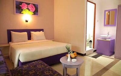 Bogor: 2D1N in Superior Room (Room Only)