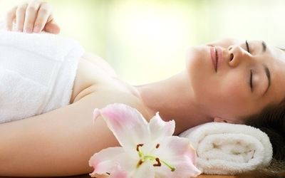 80-Minute Aroma Oil Full Body Massage with Lavender Scrub for 1 Person