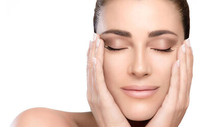 PDT Omega Light Facial for 1 Person