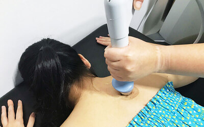 Full Assessment and Shockwave Therapy with Certified Therapist for 1 Person
