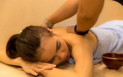 Tradisional Massage (60 Menit)