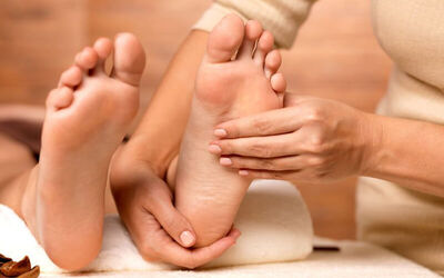 1-Hour Foot Reflexology for 1 Person