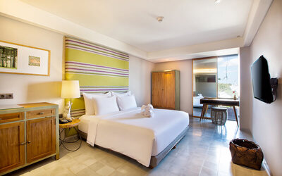 Seminyak: 4D3N in Deluxe Room + Breakfast + 1x Afternoon Tea