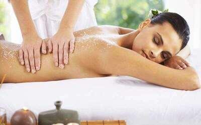 (Mon - Fri) 70-Min Relaxing Full Body Massage / Foot Massage + Foot Soak for 1 Person