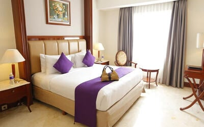 Kemang: 2D1N in Deluxe Room (Room Only)